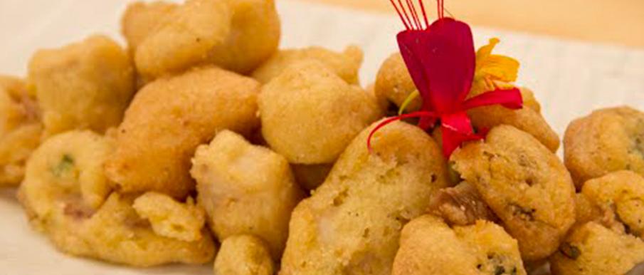 Verduras en tempura de harina de garbanzo con chimichurri